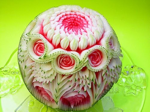[fruit-carving-06.jpg]