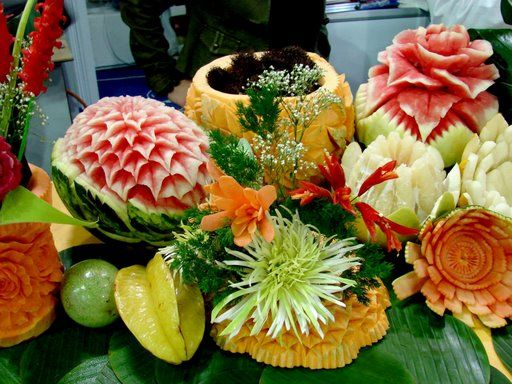 [fruit-vegetable-art-15.jpg]